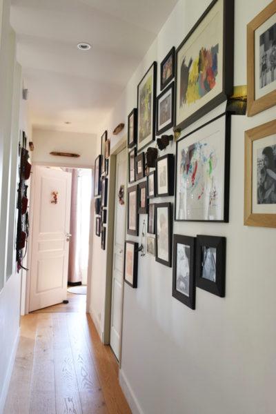 Le couloir, pièce d'exposition