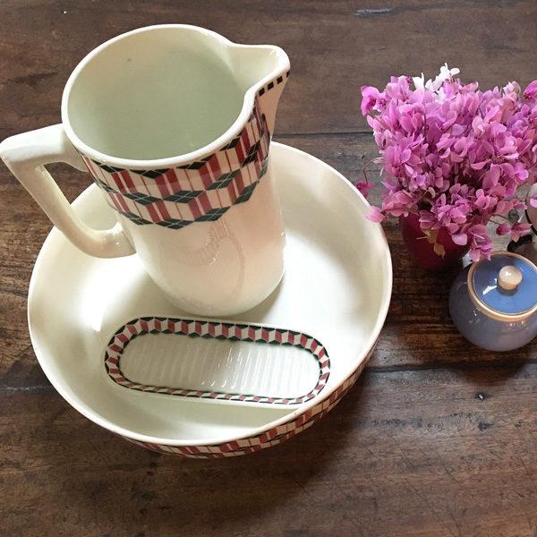 Ensemble composé d'un saladier, d'un pichet à eau et d'un ramequin style art déco pour votre décoration de table - Brocante - eshop de Madame M